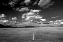 IMG_8287_bn (Robi Fav) Tags: sky mountain nature landscape nuvole natura cielo altopiano montagna bianconero paesaggio umbria biancoenero collina castellucciodinorcia