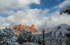 Sedona Arizona Winter II (Steve Flowers) Tags: winter arizona snow sedona clearingstorm nikond7000 nikon18105mmvrlens steveflowersphotographycom photoclamtripodandbh