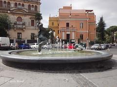 Caprera (Piazza) 02 (Fontaines de Rome) Tags: roma rome rom fontana fontane fontaine fontaines fountain fountains brunnen bron font fuente fuentes piazza caprera comune maria grazia forte federico menichini jacques zwobada