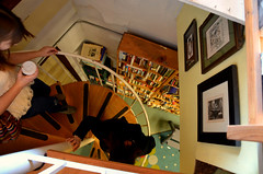 Staircase (AnaFez) Tags: seattle usa vintage washington nikon hipster books fremont bookstore indie d5100