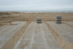 Scheveningen (Bart van Damme) Tags: sea people tourism beach water coast sand fotografie pavement scheveningen dunes tracks thenetherlands structure northsea thehague piles streetlighting concreteslabs semiabstract fishlogo sociallandscape newtopography newtopographics december2012 transitionallandscape bartvandammephotography newtopographers bartvandammefotografie emailinfostudiovandammecom studiovandammeartphotography spanishlandscapearchitectmanueldesolamorales studiovandammephotography scheveningenlogo3herringswithcrowns