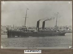 P&O passenger ship RMS CHINA in Circular Quay, Sydney Harbour