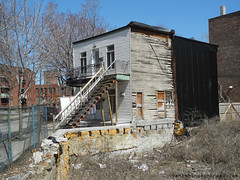 Abandoned duplex on Chemin Cote St Paul 2 (Vanishing Montral) Tags: history villedemontreal montreal histoire photography art architecture demolition disappearinghistory newconstruction