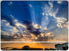 PSX_20160312_182506_s (vedanshulad) Tags: sun rays dawn