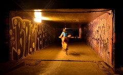 Pedaleando entre luces (TavoGimenez) Tags: tunel noche luces tunnel bicicleta bicicle brasil botafogo rio nikon nikkor graffity