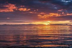 *Skye Sunset* (albert.wirtz) Tags: atlantik atlantic scotland schottland europa europe unitedkingdom vereinigtesknigreich bornesketaig isleofskye skye sunset endlesssunset lichtspiegelungen lightreflections filter leend09soft horizont outerhebrides innerhebrides userehebriden innerehebriden inseln abendrot leuchten albertwirtz nikon d700