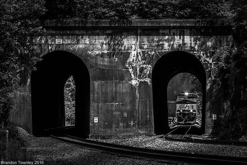 Norfolk Southern 776 at the Huger Tunnels