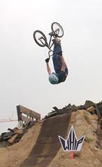 backflip (davizorzi) Tags: whip bmx fmx jump back flip backflip salto spugna foam piscina dorno caresana park carlo biker bike party daboot freestyle motocross cross trick acrobazie sky campagna lomellina