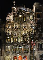 Casa Batll Night (chriswalts) Tags: barcelona spain travel tourism espaa casabatll night