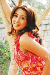 South Actress SANJJANAA Photos Set-9