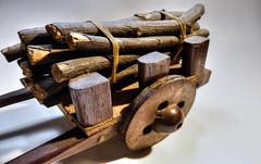 Carroa de Lenha Belo Horizonte MG (wilson leonel) Tags: carroa feita mo belo horizonte mg arte pequeno