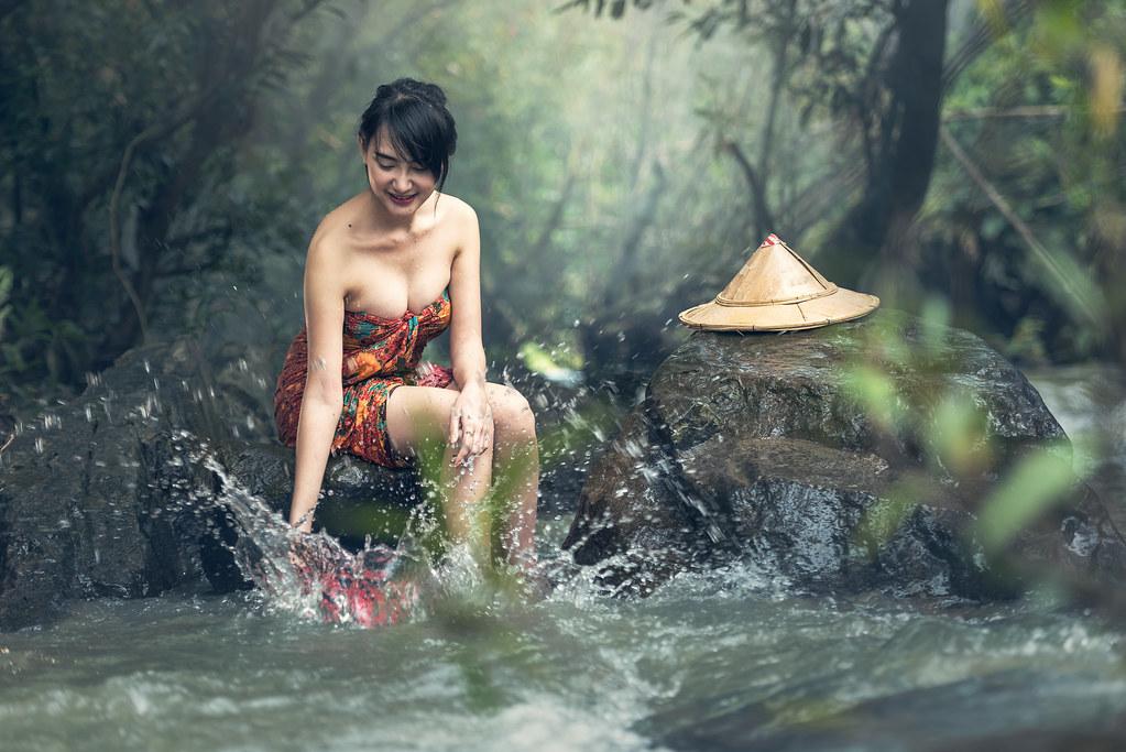 girls poverty nude pics