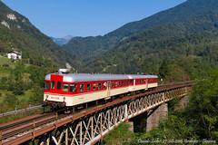 Merito dei falegnami (Daniele Sudati) Tags: sz 813 814 transalpina wocheinerbahn bohinjskaproga slovenia vlak train zug treno ponte
