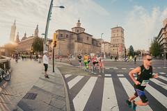 2016-09-25 08.33.41 (Atrapa tu foto) Tags: 8mm espaa europa europe maratondezaragoza saragossa spain xmaratnciudaddezaragoza zaragoza ateltismo atletics carrera corredores deporte fisheye marathon maraton maratn ojodepez runners running sport aragon es