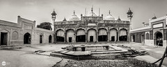Badshahi Mosque- Chiniot (Xubayr-Mayo) Tags: pakistan architecture canon islam wide mosque renovation tamron panaroma badshahi hss 17mm chiniot 60d