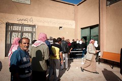 Displaced inside Syria: UNHCR and its Dedicated Staff help the Needy (UNHCR) Tags: middleeast help aid syria protection assistance unhcr photooftheday displacement idps idp internalconflict internallydisplacedpeople distrubution displacedpeople internallydisplaced unrefugeeagency unitednationsrefugeeagency unitednationshighcommissionerforrefugees alhassekeh cashdistribution