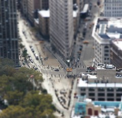 Toy Town (The Stig 2009) Tags: new york city nyc building toy town o manhattan tony tiny empirestatebuilding 2009 flatiron stig 2012 tiltshift thestig tonyo thestig2009
