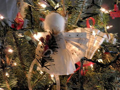 PC200412 (Angelsneverlastings) Tags: christmas tree angel handmade ornaments angels decorating holidaydecor christmastreeornaments etsycom holidaydecorating angelsneverlastings