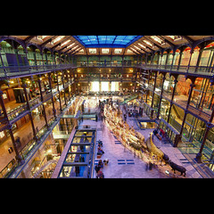 Grande galerie de l'volution du Musum national d'histoire naturelle (Zed The Dragon) Tags: city winter light sunset paris france architecture photoshop reflections pose de french geotagged effects photography grande photo europe long exposure flickr cityscape minolta photos sony hiver capital galerie du muse full exposition national frame fullframe alpha reflets postproduction hdr highdynamicrange sal zed homme 2012 francais naturelle lightroom sthilaire historique effets storia amphithtre geoffroy longue parisien rouelle photomatix 24x36 dhistoire musum a850 lvolution zoologiques dslra850 alpha850 zedthedragon