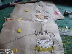 tea time ... (monaw2008) Tags: vintage bag tea handmade linen fabric pouch patchwork applique teabag teawallet monaw monaw2008