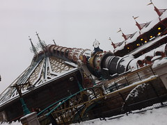 Space Mountain Mission 2 with Snow (CoasterMadMatt) Tags: park winter 2 mountain snow paris france weather season french photography  photographie photos snowy euro disneyland space hiver january disney resort photographs mission theme neige blanche temps janvier parc franais park spacemountain disneylandparis saison disneylandresortparis discoveryland parc thme 2013 spacemountainmission2 mission2 theme paris euro disney coastermadmatt disneyland thme