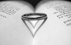ring (gigingir*) Tags: shadow book heart ombra libro ring conceptual cuore concettuale anello