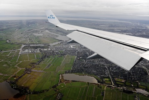 Approach to Amsterdam (AMS)