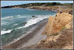 Corniche des Sables d'Olonne (Les photos de LN) Tags: corniche sablesdolonne vende ocanatlantique paysage nature falaises littoral cte rochers vagues cume