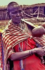 Kenya, Mamma Masai (gerard eder) Tags: world travel reise viajes africa kenya people children kinder niños masai masaimara safari menschen personas