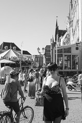 Dressed up for the fair (Wookiee!) Tags: woman girl girls women bw monochrome people noir et blanc zwart wit blackandwhite blackwhite candid busted eye contact human feminine venus vrouw meisje weird stranger shertogenbosch denbosch den bosch noordbrabant the netherlands dutch holland europe europa brabant 073 summer zomer heet hot warm 24 august 2016 wednesday sunglasses unique canon d550 35mm dlsr wwwgevoeligeplatennl
