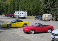 Choices - Vehicles used to travel through Manning Park (D70) Tags: choices vehicles used travel through manning park day autumn transport choose 4x4 crewcab pick up chevrolet corvette collector mazda miata top down suv impala trillium mx5 na topless sportscar roadster
