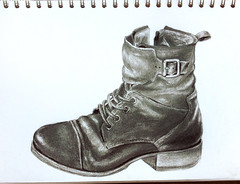 EDM 1 - Draw a Shoe (Sigrid de Vries - Frensen) Tags: edm everydaymatters shoe graphite
