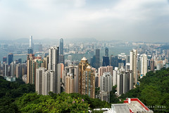 20160830-03-View of Hong Kong tower apartments and buildings from Victoria Peak (Roger T Wong) Tags: 2016 hongkong rogertwong sel2470z sony2470 sonya7ii sonyalpha7ii sonyfe2470mmf4zaosscarlzeissvariotessart sonyilce7m2 thepeak victoriapeak apartments buildings haze skyline skyscrapers smog travel