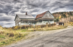 Almost Forgotten (MarieFrance Boisvert) Tags: old house forgotten outdoor painting architecture topazimpression pastellii niksoftware photomatix tonemapped easterntownships fall
