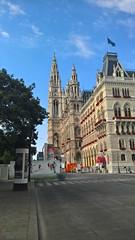 Vienna (heytampa) Tags: vienna austria rathaus cityhall flowers architecture