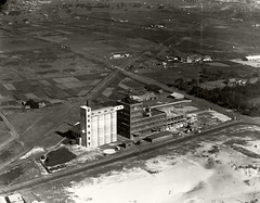 Kelloggs Factory - 1938 (Royal Australian Historical Society) Tags: rahs royal australian historical society adastra aerial photography collection kelloggs botany 1938 landscape