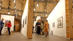 DSCF5558.jpg (amsfrank) Tags: scene exhibition westergasfabriek event candid people dutch photography fair cultural unseen amsterdam beurs