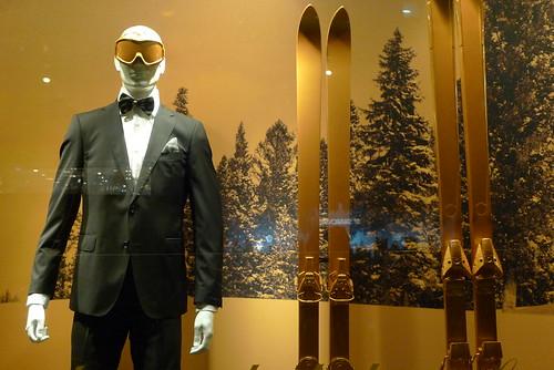 Vitrine Tommy Hilfiger aux Galeries Lafayette - Paris, décembre 2012
