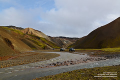 shs_n8_007999 (Stefnisson) Tags: autumn fall river landscape iceland stream 4x4 rover canyon land ravine gil rhyolite haust sland  4x4s landmannalaugar fjallabakslei lkur fjallabak jkulgil lpart liparit jkulgilskvsl jokulgil fjallabaksleid stefnisson ljsgrti rhlt jokulgilskvisl