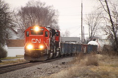 CN 5439 Leads Q116 South at Wyandotte (blackjack1518) Tags: railroad michigan wyandotte canadiannationalrailroad emdsd60 milepost41 exoakway cn5439 cnshorelinesub cnq116