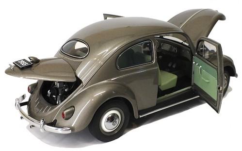 AutoArt VW Oval 1955 (7)