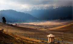 8088 Landscape--Gulmarg , Kashmir , India (ngchongkin) Tags: india harmony kashmir masterclass gulmarg flickrbronzeaward heartawards betterthangood discoveryphotos dreamsilldream chariotsofartists photographyforrecreationbronzeaward artistsoftheyearlevel2 vivalavidalevel1 masterclassexhibition musictomyeyeslevel1 vivalavidalevel2 lamiasonata