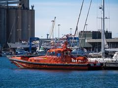 SALVAMAR DIPHDA (Luis Prez Contreras) Tags: rescue de puerto barco ship tarragona martimo rescate salvamento salvamar diphda