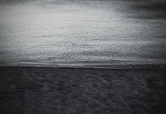 : Shinmaiko Marine Park (Jon-F, themachine) Tags: jonfu 2016 olympus omd em5markii em5ii  mirrorless mirrorlesscamera microfourthirds micro43 m43 mft ft     snapseed japan  nihon nippon   japn  japo xapn asia  asian fareast orient oriental aichi   chubu chuubu   sand  bodyofwater bodiesofwater  waterside waterfront water bay   isewan beach beaches  dark
