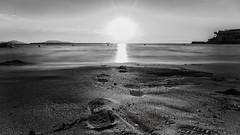 Noyer son chagrin dans la mer (J2MC) Tags: marseille pentax j2mc sea blackandwhite blackwhite noiretblanc poselong pentaxart sunset step