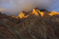 Bullah Peak: Low ceiling (Shahid Durrani) Tags: biafo glacier karakorams gilgit baltistan pakistan