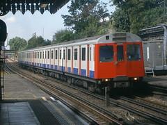 7007 @ Upton Park (ianjpoole) Tags: london underground district line d78 stock 7007 upton park