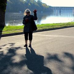 Faye #2 (~nevikk~) Tags: faye mississippiriver bridgebackground kevinkelly shadow riverroad waving
