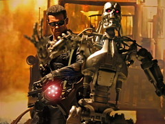 The Terminators (1/6th shooter) Tags: riseofthemachines actionfigures scifi movies terminator t2 arnoldschwarzenegger jamescameron hottoys johnconnor endoskeleton sideshowtoys onesixth sarahconner
