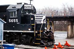 norfolk southern 5655 (durelle) Tags: city railroad train pennsylvania norfolk southern pa lancaster 5655